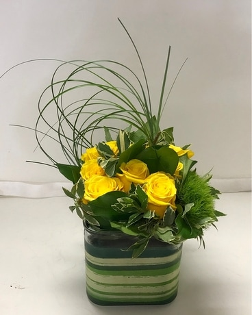 Rosy Spring Flower Arrangement