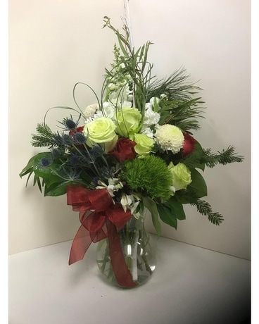 Rosy Flower Arrangement