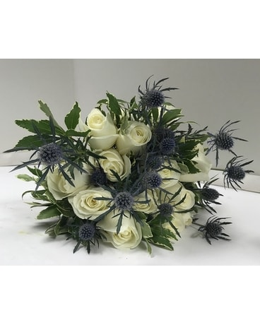 bride and groom Flower Arrangement