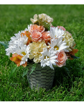 Summer Breeze Flower Arrangement