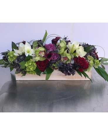 BOX OF ELEGANT BLOOMS(FAB-1632) Custom product