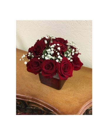 Red Romance Flower Arrangement