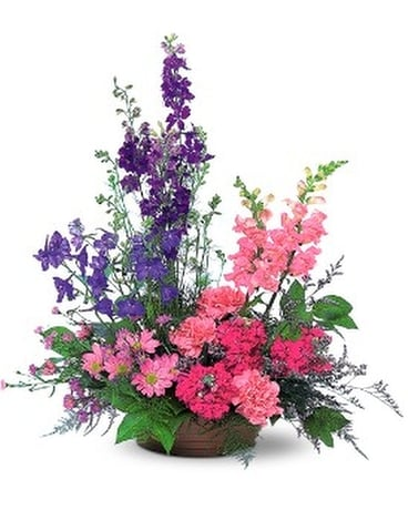 Garden Fresh Blooms Flower Arrangement