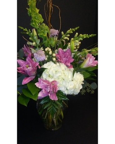 Simply Special Flower Arrangement
