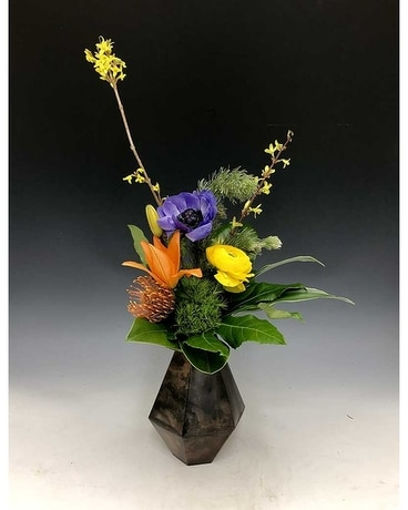 Gracious Blooms Flower Arrangement