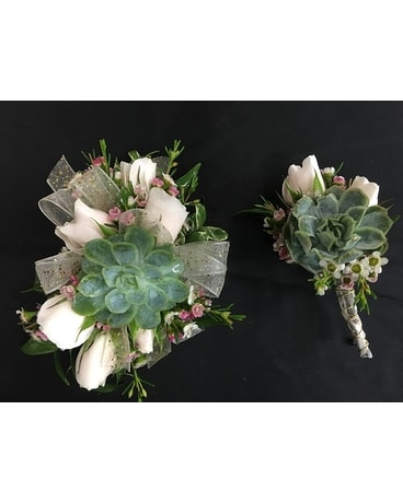 corsage, wrist Flower Arrangement