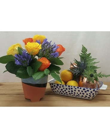 Sunny Breeze Flower Arrangement