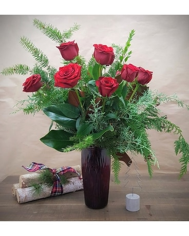 Holiday Dozen Flower Arrangement