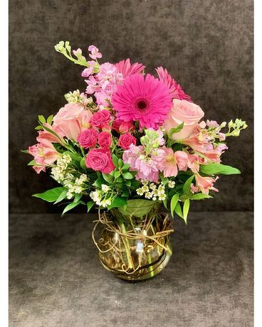 Pink Splendor Flower Arrangement