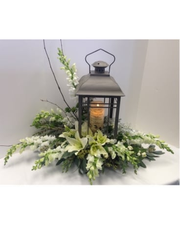 Lantern With Fresh Flower Arrangement SF-LWFD