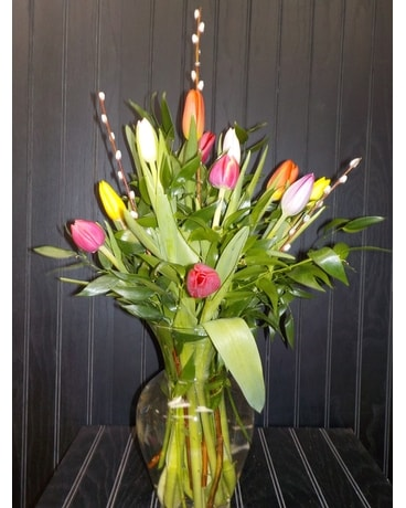 12 Tulip Arranged Flower Arrangement