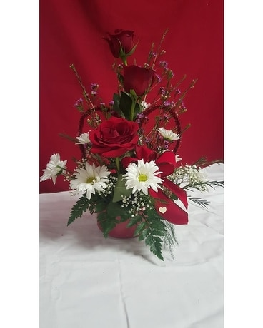 Red Rose Bouquet Flower Arrangement