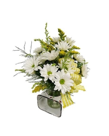Farmhouse Daisy Jar Flower Arrangement