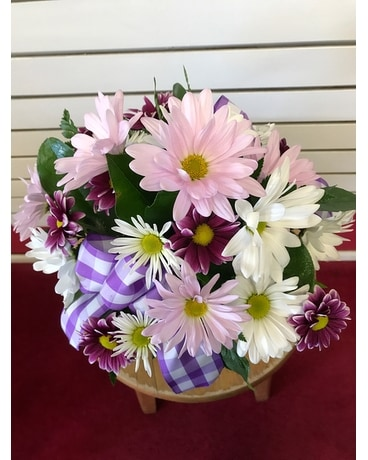 Purple Daisy Delight Flower Arrangement