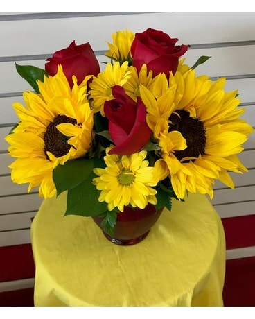 Stunning Sunflowers and Roses Flower Arrangement