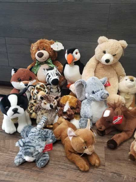 Stuffed Animals -- Assorted