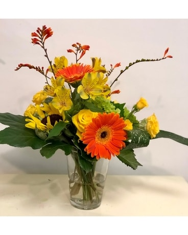 SIMPLY CITRUS Flower Arrangement