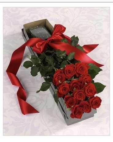 box of roses Flower Arrangement