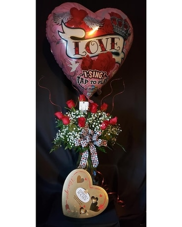 Valentine Romance Gift Package Flower Arrangement