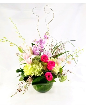 Sara Ann Flower Arrangement