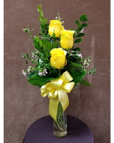 3-Rose Budvase Flower Arrangement