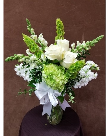White Beauty Flower Arrangement
