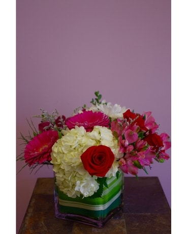 XO Flower Arrangement