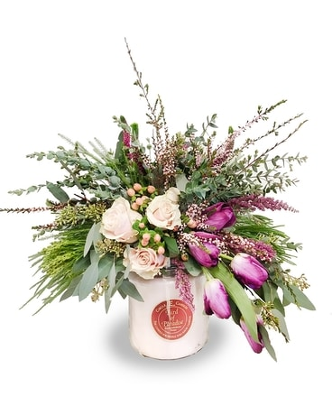 Large Circle E Candle Arrangement - #128 Flower Arrangement