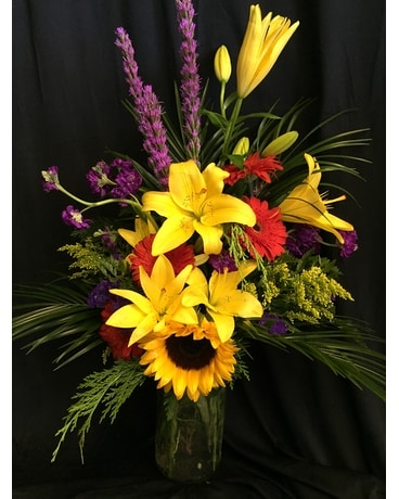 Spectacular blooms Flower Arrangement