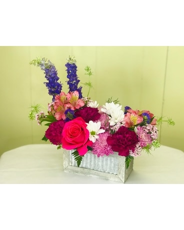 Rustic Window Box Bouquet Flower Arrangement
