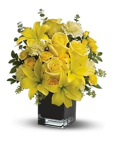 Teleflora's Ray of Sun Flower Arrangement