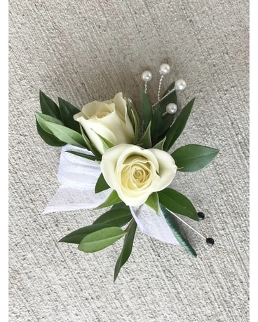 Timeless Bout $12.50 Boutonniere