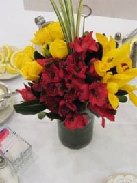 Traditional Centerpiece with Contemporary flair