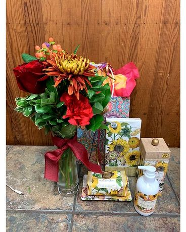 Fall Harvest Gift Set with Vase Arrangement Gifts