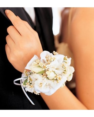 Mixed Whites Wristlet - TF162-2 Flower Arrangement