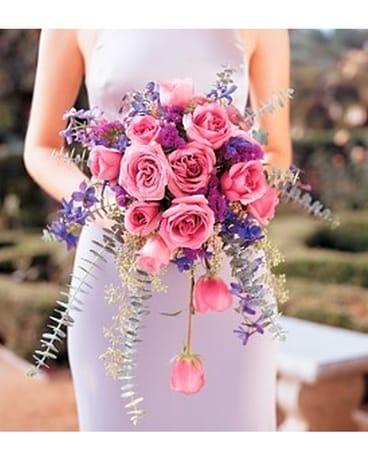 Cascading Lavender Roses Bouquet Tf172 4 In Fond Du Lac Wi Haentze Floral Co