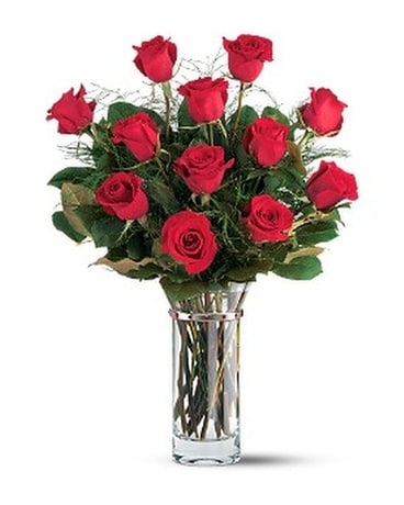 Teleflora's Hearts and Roses Bouquet Flower Arrangement