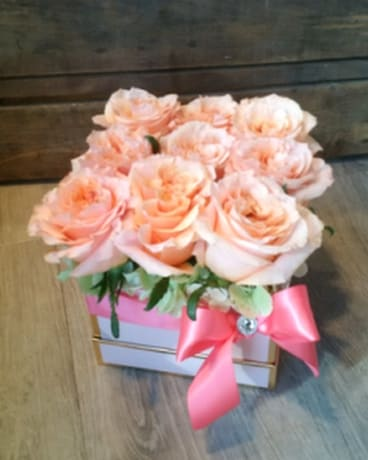 JULY SPECIAL 9 Rose Box