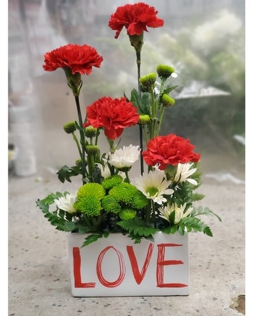 In Love Bouquet Flower Arrangement