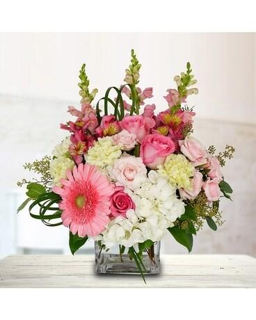 Bold & Beautiful Flower Arrangement