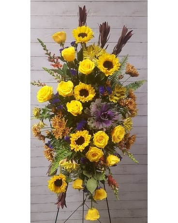 Golden Remembrance Sympathy Arrangement