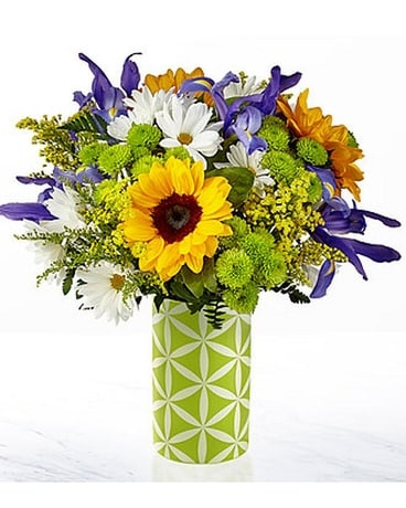 FTD Sunflower Sweetness Bouquet Flower Arrangement