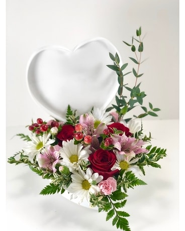 Hearts & Kisses Flower Arrangement