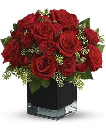 Ravishing Red'S Bq Flower Arrangement