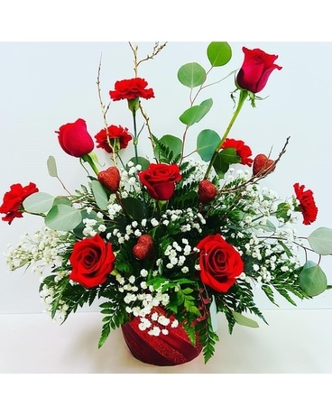 Exquisite Lady Flower Arrangement