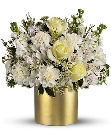 Teleflora's Champagne & Gold Flower Arrangement