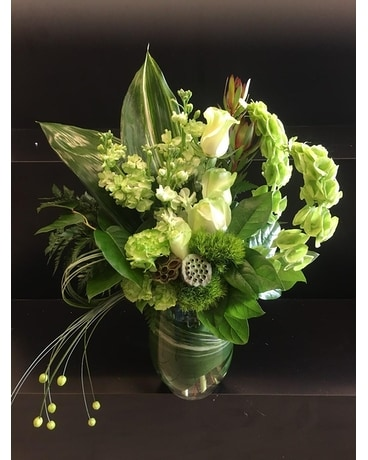 Lucky Roses and Bells Flower Arrangement