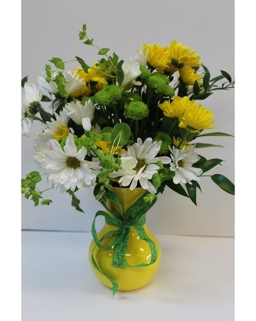 Dancing Daisies Flower Arrangement