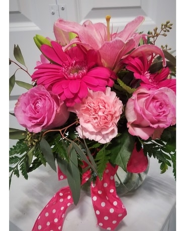Perfectly Pink Flower Arrangement