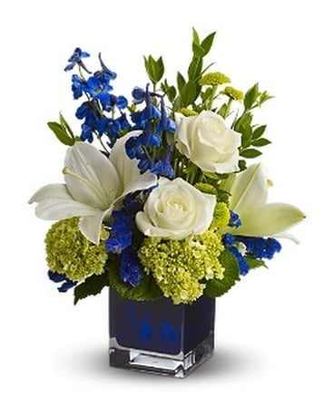 Teleflora's Serenade in Blue